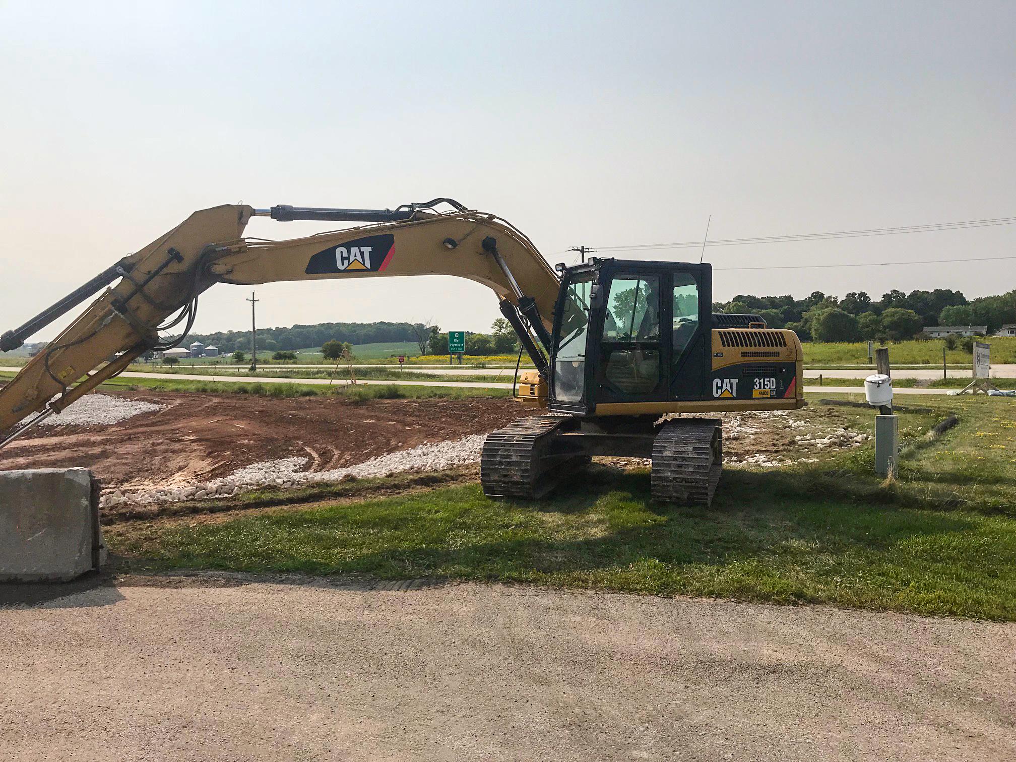 excavating-equipment-ksi-construction-wisconsin
